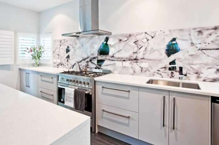 Фартук для кухни из стекла: ТОП-120 фото оформления фартука для кухни. Выбор цвета и рисунка фартука для кухни