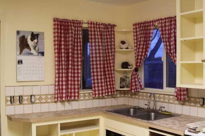 Короткие шторы на кухню: ТОП-100 вариантов дизайна штор на кухню. Стили и материалы штор + фото примеров