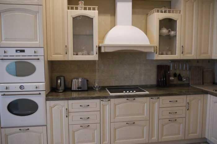 Кухня цвета слоновой кости: ТОП-130 фото лучших дизайнов кухни цвета айвори. Идеи сочетания оттенков и декора интерьера